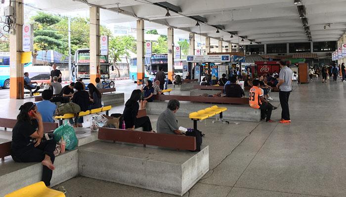 Terminale degli autobus di Bangkok Eastern, 2 minuti a piedi dalla stazione BTS Ekkamai