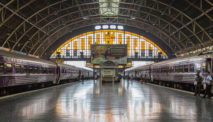La stazione ferroviaria di Bangkok (Hua Lamphong)