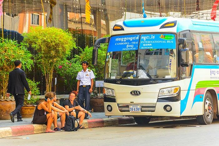 Da Phnom Penh a Siem Reap in Autobus