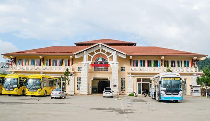 La stazione degli autobus di Sapa