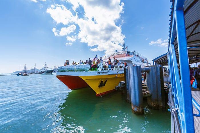Traghetto ad alta velocità da Penang a Langkawi