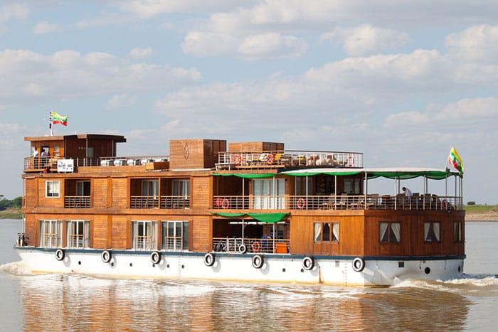 Diversi Opzioni di Trasporto per Andare da Mandalay a Bagan