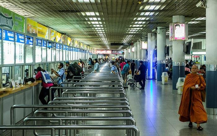 Il Terminale degli autobus Morchit a Bangkok