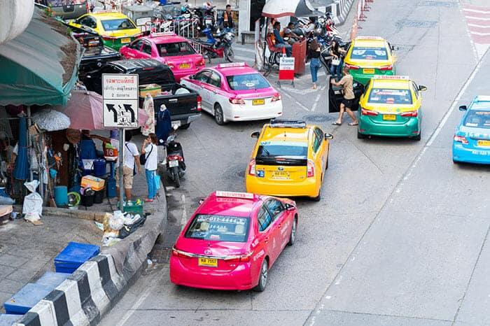 Da Bangkok a Khao Lak in Taxi