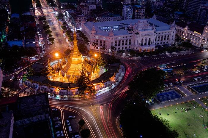 Opzioni di viaggio per andare da Yangon a Mandalay