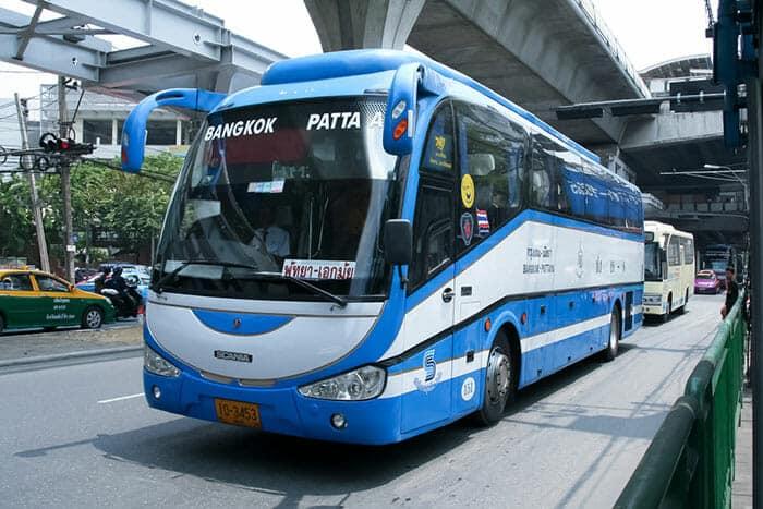 Autobus e Traghetti per andare da Pattaya a Koh Samui