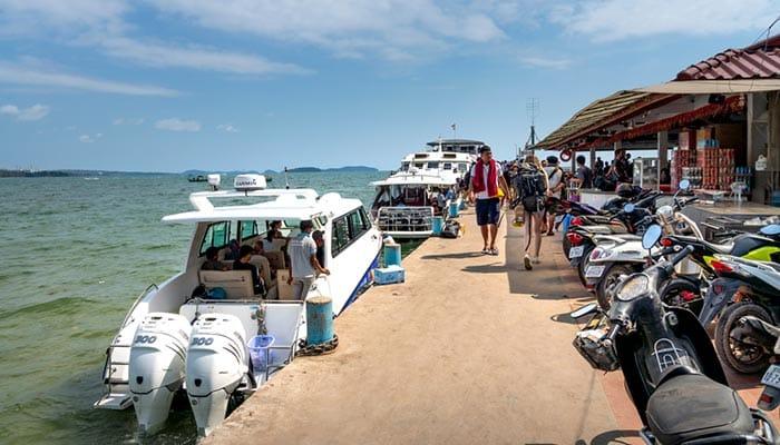 Traghetto ad Alta Velocità e Motoscafo da Sihanoukville a Koh Rong