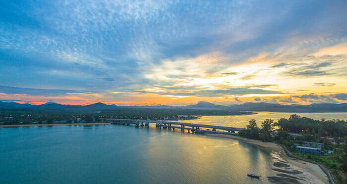 Opzioni di viaggio da Surat Thani a Phuket