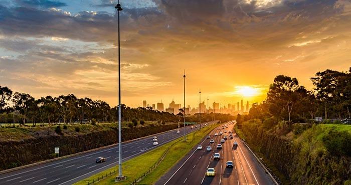 Opzioni di viaggio per andare daMelbourne a Canberra
