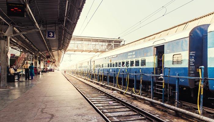 Da Agra a Jaipur in Treno