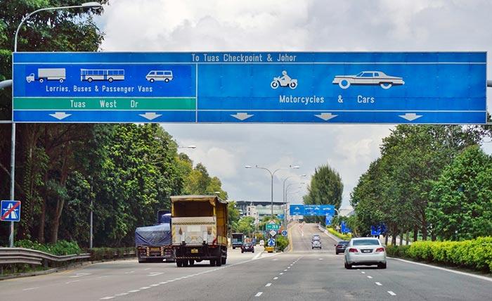 Opzioni di viaggio per andare da Johor Bahru a Singapore