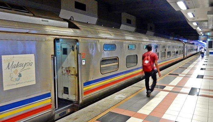 Da Johor Bahru a Singapore in Treno