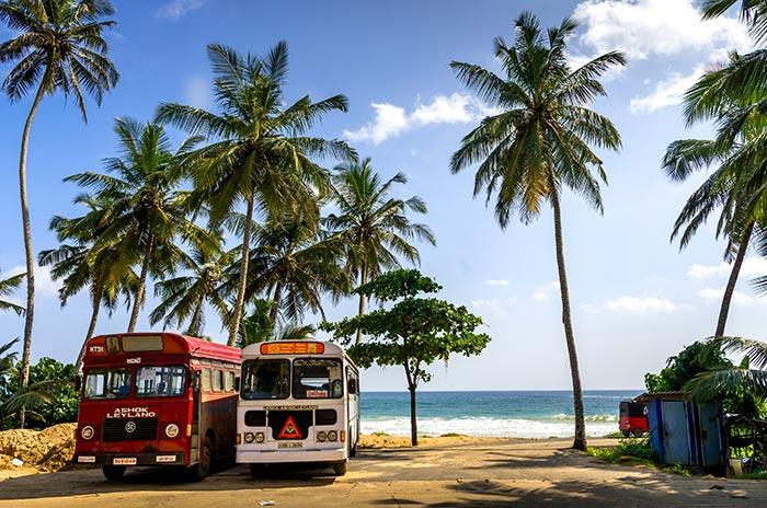 Da Colombo a Trincomalee in Autobus