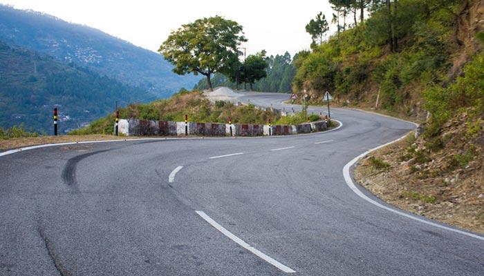 Opzioni di viaggio per andare da Delhi a Uttarakhand