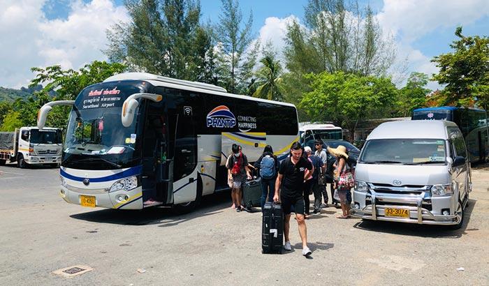 In Autobus da Krabi a Surat Thani