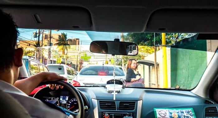 Da Manila a Batangas in Taxi