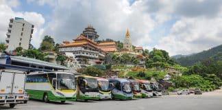 Viaggiare in Autobus in Malesia