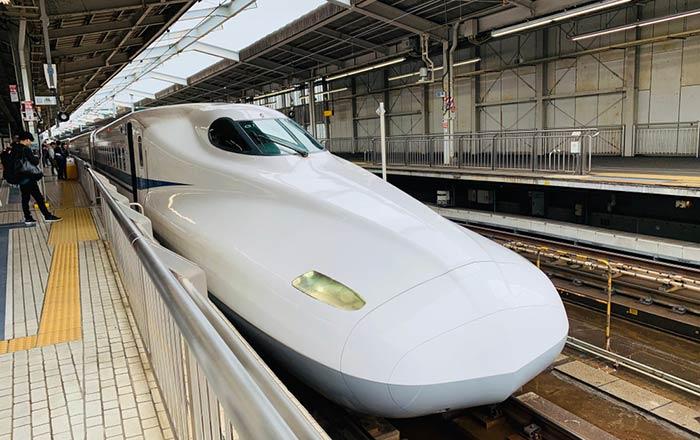 Opzioni di Viaggio per Andare da Osaka a Nagoya