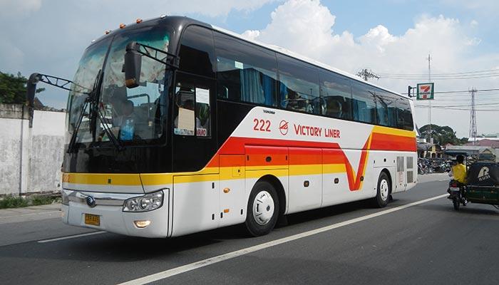 Da Manila a Zambales in Autobus